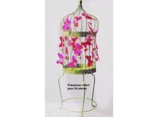 Coeurs de dragées avec papillons fuchsia dans leur cage