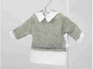 Petit pull gris et dragées de  baptême