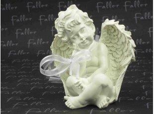 Grand ange assis portant sa tête avec ses dragées