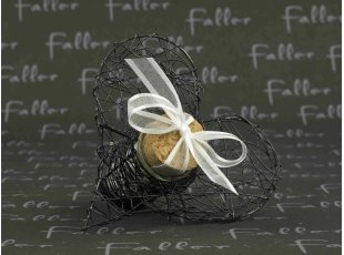 Éprouvette cœur noir avec dragées mariage