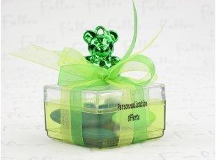 Boite verte avec ours vert