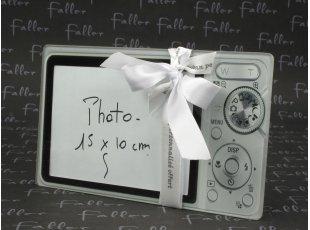 Cadre photo appareil photo avec dragées mariage