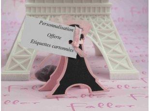 Tour effel marque place  ptite parisienne