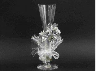 Flute en verre avec fleur en porcelaine communion