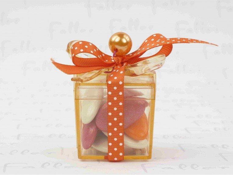 Boite cadeau pvc orange remplie de dragees