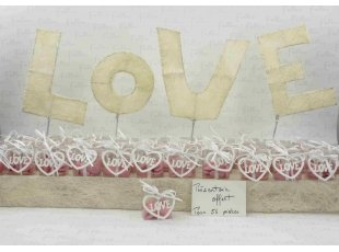 Compo dragees mariage rose avec coeur en bois