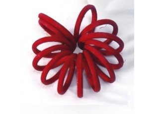 Fleur en rotin rouge