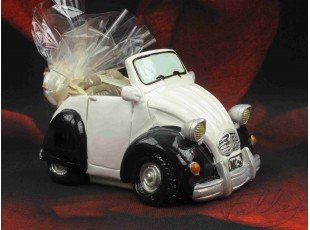 Voiture tirelire 2cv avec dragees pour mariage