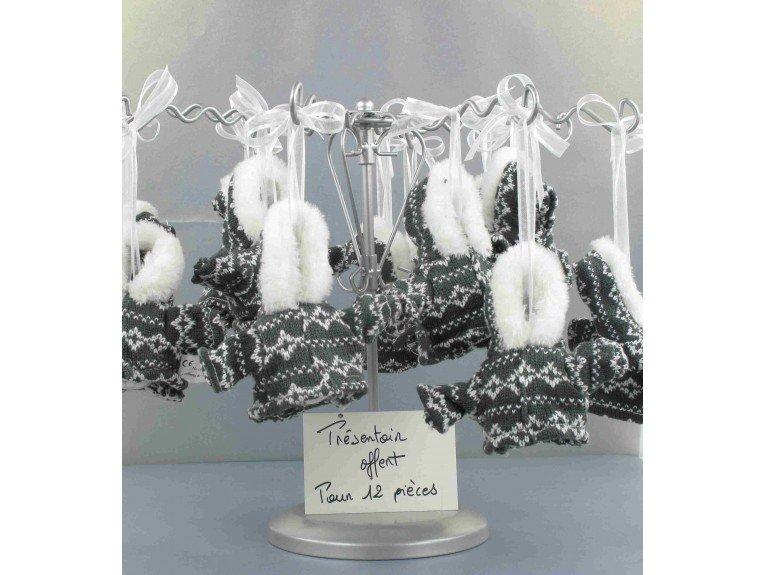 Manteau hivernal gris et blanc et dragées