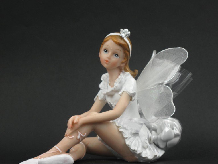 Grande elfe blanche avec dragées baptême