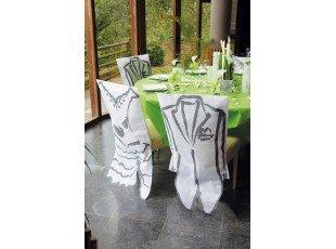 Housse de chaise blanche avec costume homme