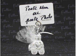 Carrosse blanc porte-photo avec dragées mariage