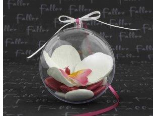 Orchidee blanche dans boule plexi avec dragees mariage