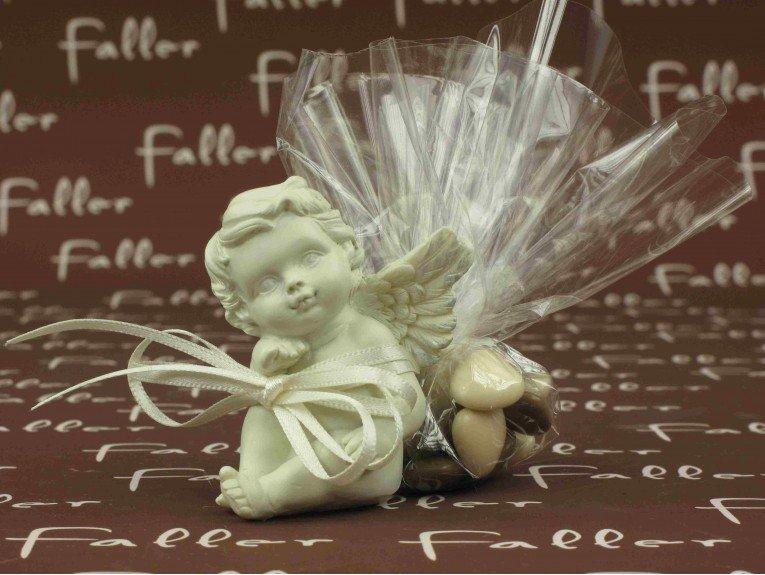 Ange de baptême petit parisien avec dragées
