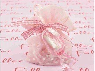 Sac a dragees rose avec bonbon plexi