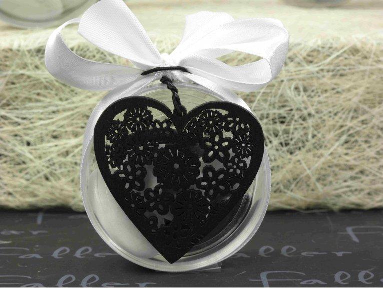 Boite à dragée ronde avec coeur en bois noir