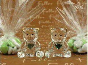 Dragées baptême avec ourson en verre et petit coeur vert