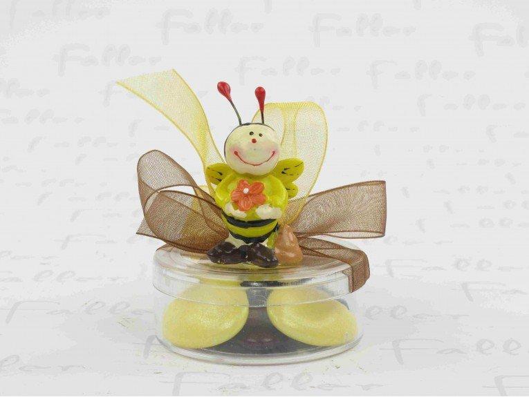 Dragées dans boite ronde plexi avec figurine abeille