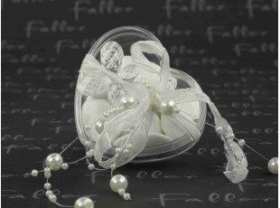 Dragées de mariage dans boite en plexi en forme de coeur