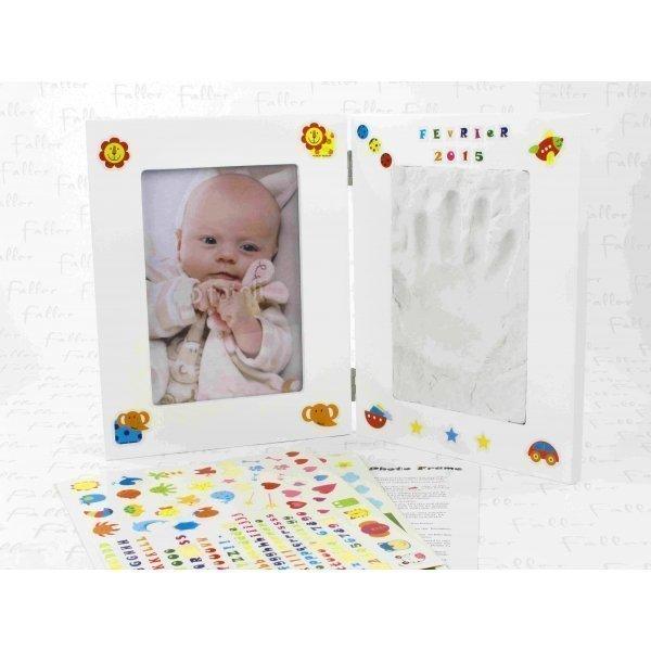 Cadre photo enfant et espace pour empreinte for Cadre pour enfant