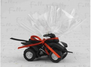 Déco de mariage quad rouge et noir avec dragées