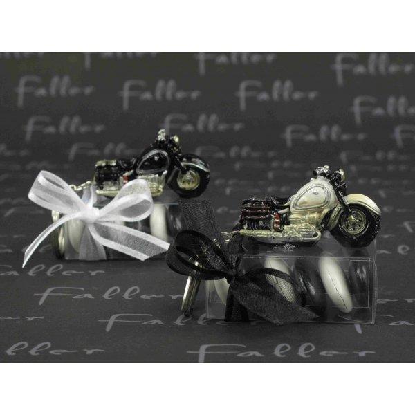 moto porte clef noire et blanche avec dragees mariage. Black Bedroom Furniture Sets. Home Design Ideas