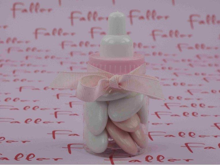Dragées naissance fille dans biberon plastique rose