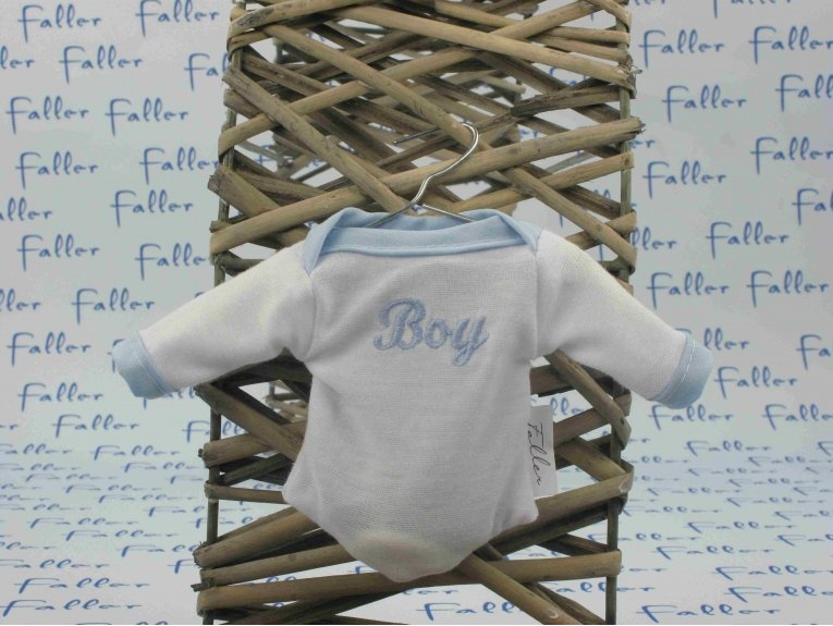 "Body blanc brodé ""boy"" (baptême, naissance ou baby-shower)"