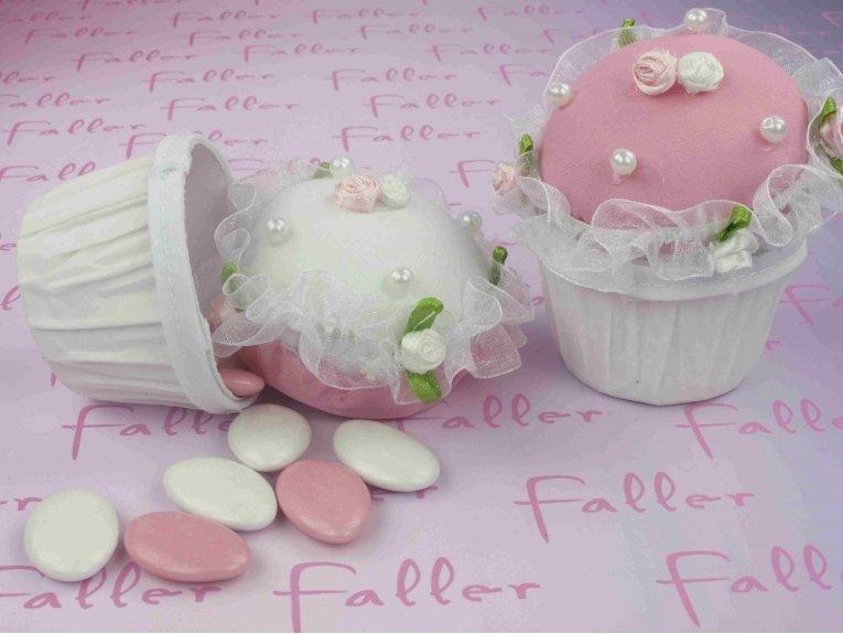 Cupcake rose poudre avec dragees bapteme
