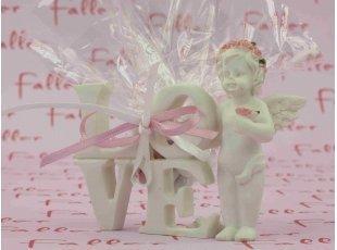 Ange fleurs rose Love avec dragées de baptême