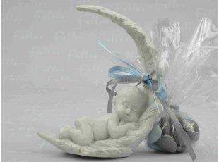 Figurines de bébés endormis avec dragées baptême garçon