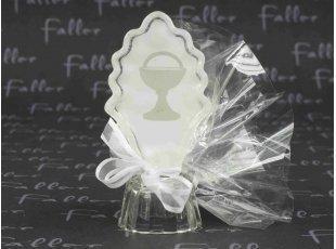 Dragées communion avec symbole calice sur socle en verre
