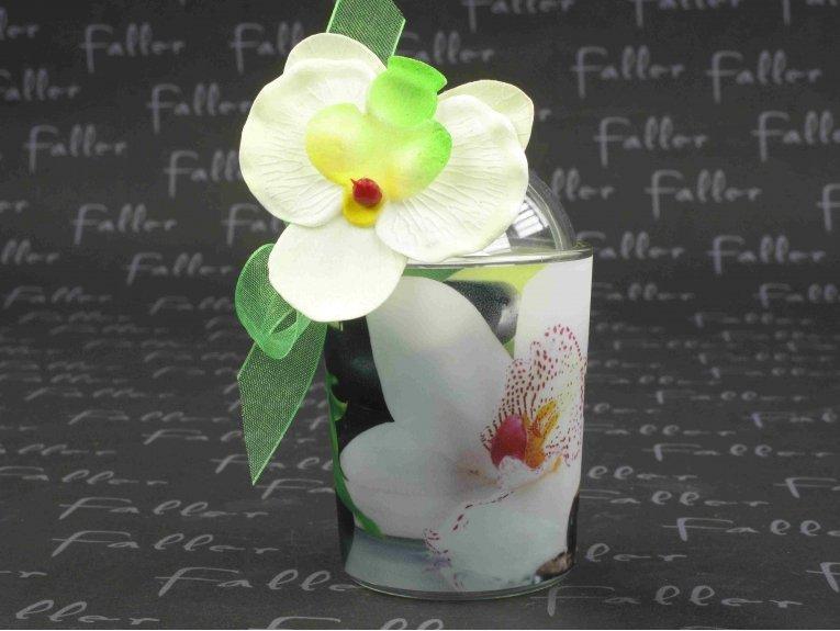 Boule plexi dragées mariage dans photophore orchidée et fausse fleur