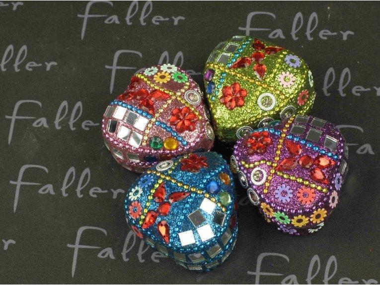 Boites cœurs perlées multicolore avec dragées de mariage