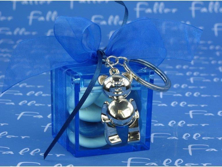 Boite carree bleue contenant dragées