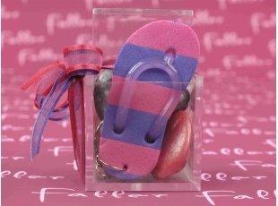 Porte-clés tong fuchsia avec boite à dragées