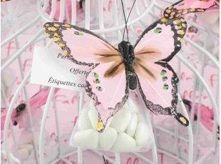 Envolée de papillons roses et ses dragées