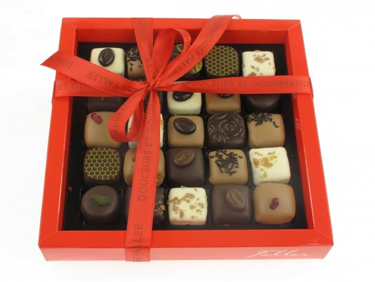 Coffret de 25 mini chocolats fin pur beurre de cacao