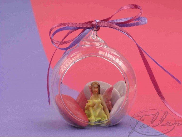 Elfe dans boule en verre avec dragees bapteme