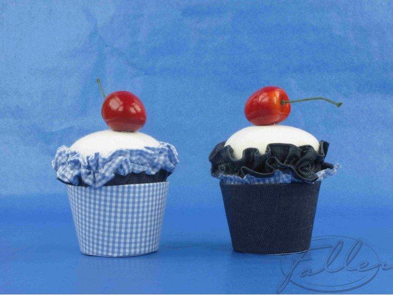Dragées dans cupcake bleu jean