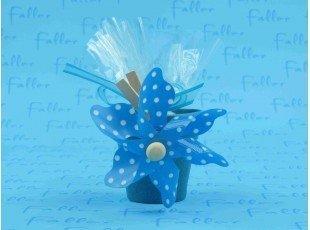 Pot bleu avec moulin a vent et dragees bapteme