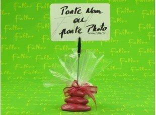 Porte-photo galet fuchsia et dragées chocolat