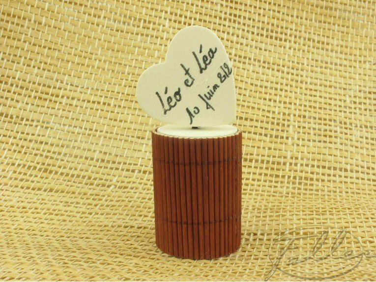 Dragées dans une boite bambou (marron)