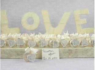 Boite ronde à dragées mariage avec coeur blanc