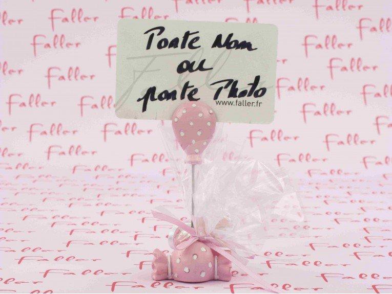 Porte photo bonbon rose et dragées fille baptême