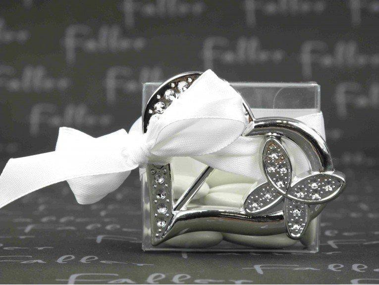 Coeur papillon argenté avec boite à dragées mariage