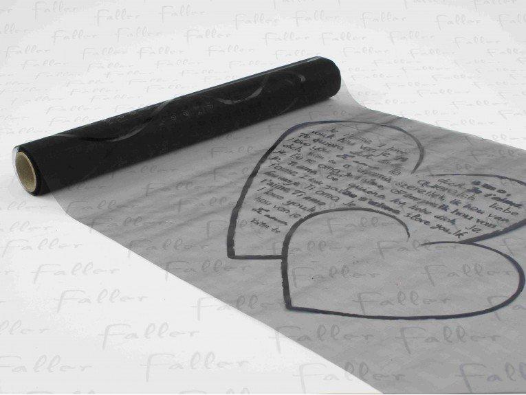 Chemin de table noir avec message dans coeur