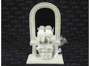 Deux anges face miroir avec dragées de mariage