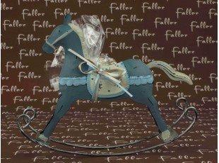 Cheval à bascule métal bleu avec dragées baptême