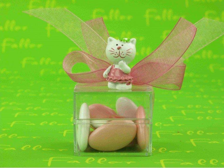 Figurine chaton avec boite à dragées de baptême fille